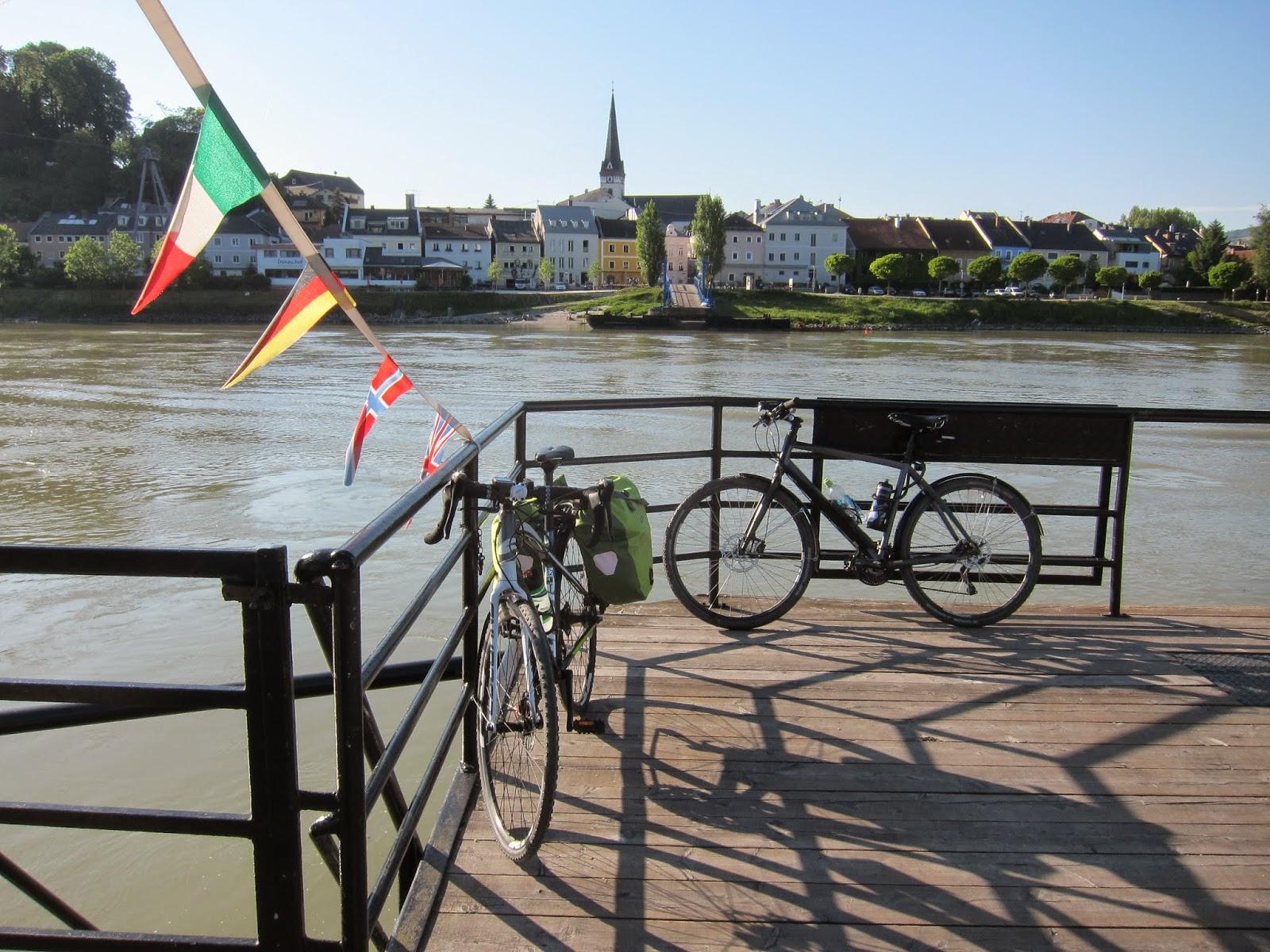 Donauradweg I: Passau – Linz   AndrAktiv