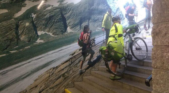 Anatomisches und Langeweile. Alpe-Adria 2